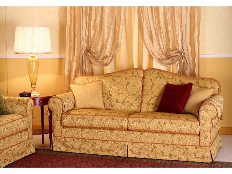 Duchessa brescia confort salotti for Divani classici